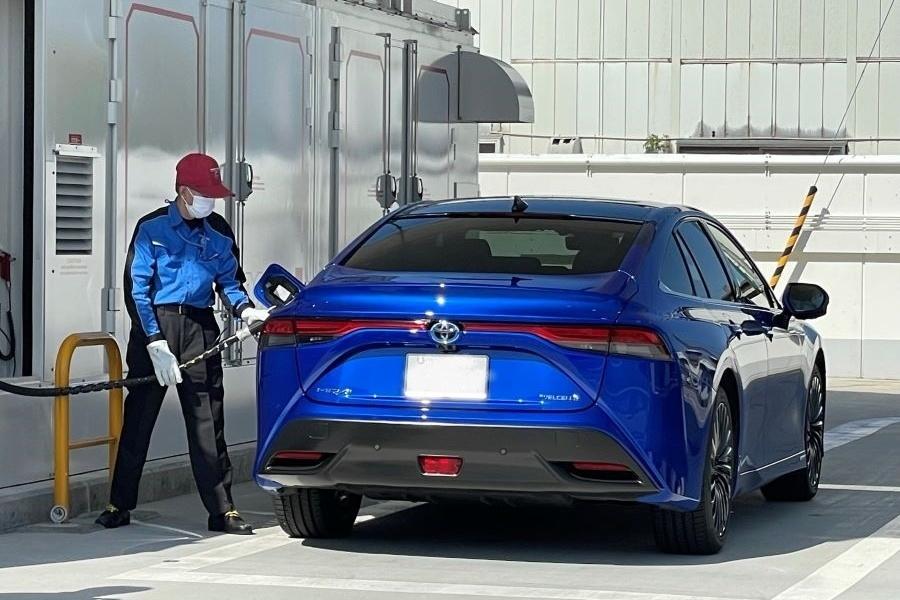 燃料電池自動車(FCV)への水素充填