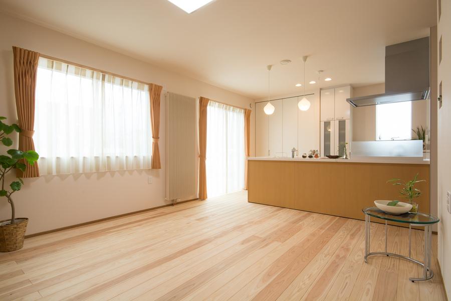 ピーエスHRヒータは、室内に温度差がなく快適な住環境となります